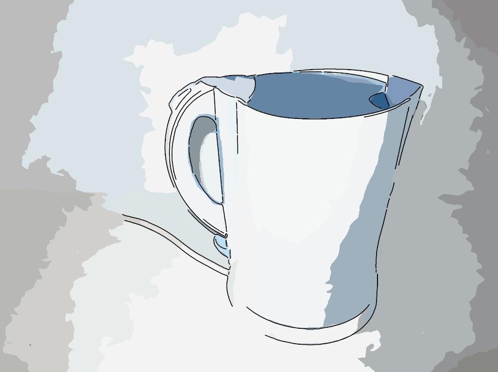 Der Wasserkocher eritzt das Wasser auf die richtige Temperatur für die Mtahca Zubereitung